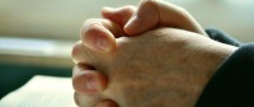 Az ujjak görbületét is okozhatja az autoimmun betegség