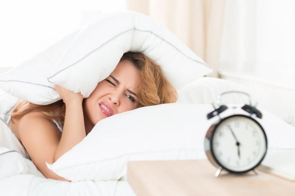Kevés alvás miatt is lehet napközben fáradt